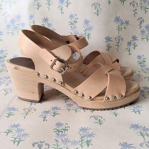 NEW MIA Gertrude Swedish Clogs Wood Leather Tan